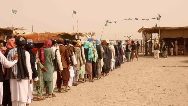 Gemischte Gefühle bei den Taliban-Helfern