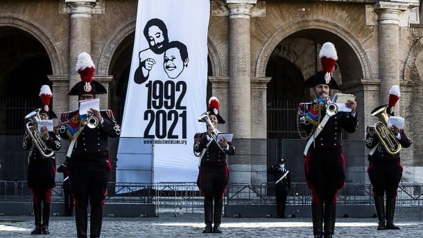 Rückkehr zu Mussolini?