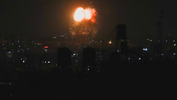 Luftangriffe als Reaktion auf Brandballons