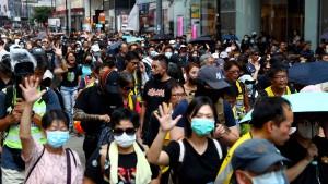 Öl ins Protestfeuer