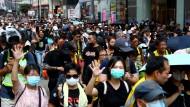 Demonstranten am Samstag in Hongkong