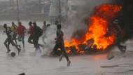 Regimekritiker in Zimbabwe werden brutal gefoltert und eingesperrt. Die Wut im Land ist groß.