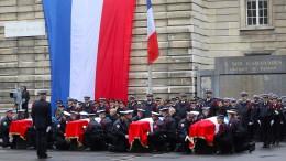 Fünf Festnahmen nach Messerattacke in Paris