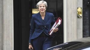 May fordert von EU Entgegenkommen