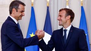 """Macron will Griechenland vor """"Aggressionen"""" schützen"""