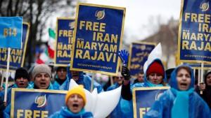 Frankreich und Iran tauschen Botschafter aus