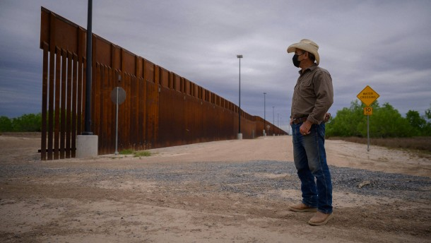 Texas will Trumps Mauer bauen