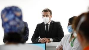 Macron kümmert sich nicht um Inzidenzwerte