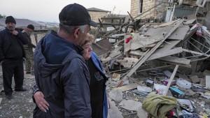 Armenien bittet Russland um Hilfe