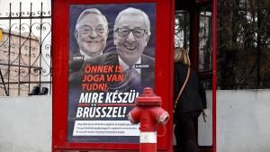 Orban verteidigt umstrittene Plakatkampagne