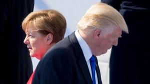 Merkel will Trump schon vor dem Gipfel treffen