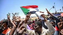 Sudans Opposition fordert Machtübergabe