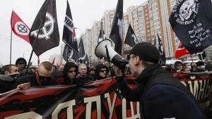 Russische Polizei geht gegen Neonazis vor