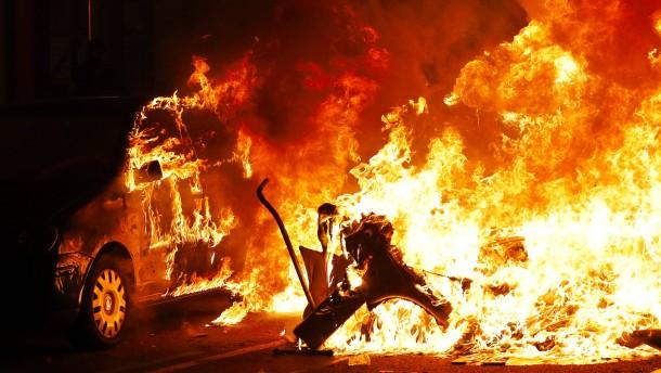 Kataloniens Regionalpräsident verurteilt Gewalt