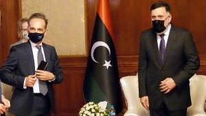 Maas warnt vor weiterer Eskalation in Libyen