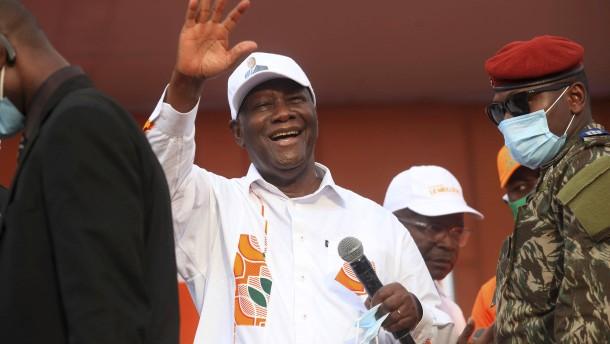 Ouattara wieder zum Präsidenten der Elfenbeinküste gewählt