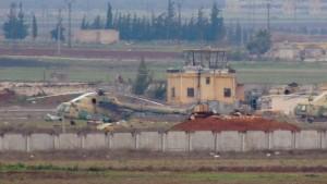 Rebellen nehmen Luftwaffenstützpunkt ein