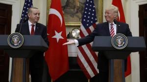 Erdogan spielt mit der Nato