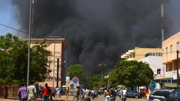 Fast 30 Tote bei Anschlägen in Burkina Faso