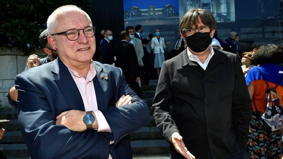 Lluis Puig und Carles Puigdemont im Juni in Brüssel