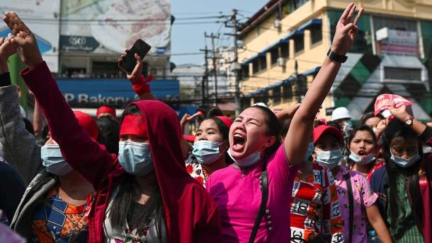 Proteste in Myanmar weiten sich aus