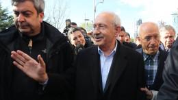 Sechs Festnahmen nach Faustschlag für Oppositionsführer