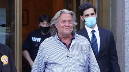 Steve Bannon wegen Betrugs angeklagt