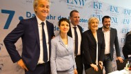 """Populisten unter sich: Treffen der Fraktion der Gruppierung ENF """"Europa der Nationen und der Freiheit"""" aus dem Europäischen Parlament in der Rhein-Mosel-Halle in Koblenz im Jnuar 2017"""