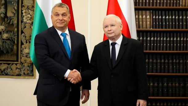 EU-Verfahren gegen Polen: Ungarn will Strafen blockieren