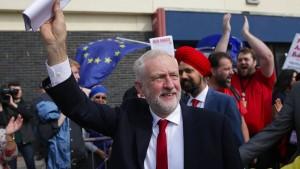 Corbyns Partei im Rausch der Radikalität