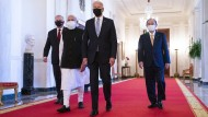 Scott Morrison, Narendra Modi, Joe Biden und Yoshihide Suga am Freitag im Weißen Haus.