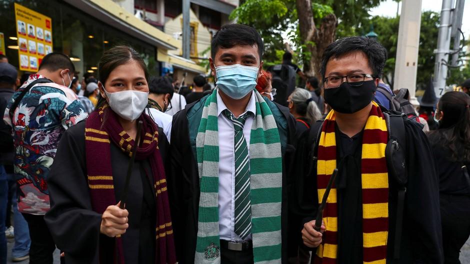 Die jungen Demonstranten, hier Anfang August in Bangkok, lassen sich von der Popkultur inspirieren.