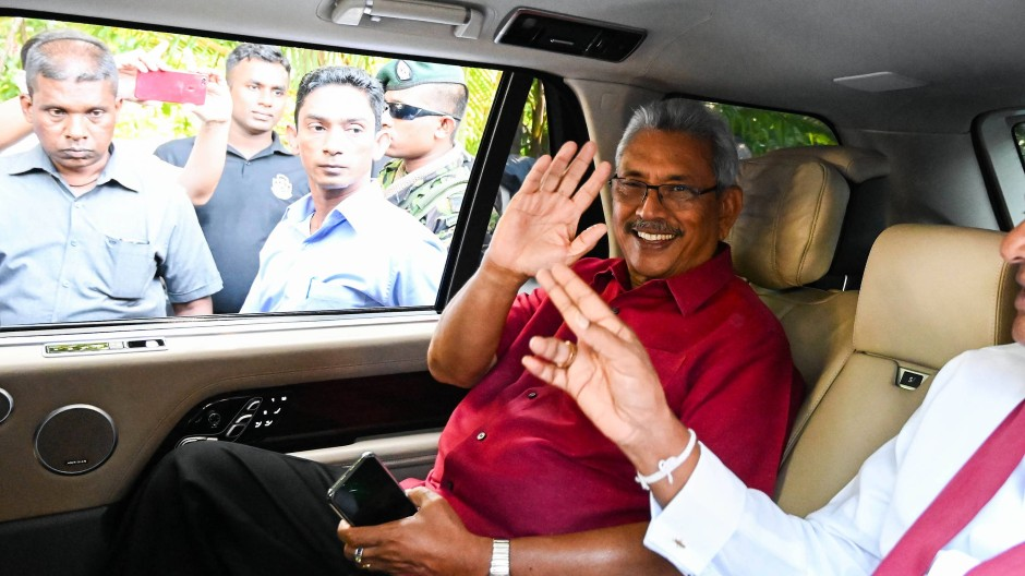 Der künftige Präsident Sir Lankas, Gotabaya Rajapaksa, am 17. November 2019 auf dem Weg zum Wahllokal in Colombo.
