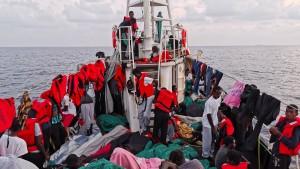 "Rettungsschiff ""Eleonore"" darf nach Italien"
