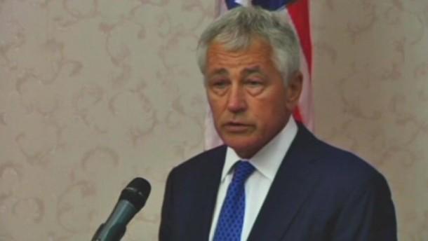 Das Pentagon habe alle Optionen über mögliche Reaktionen auf einen mutmaßlichen Giftgas-Angriff in Syrien ausgelotet. Das sagte der amerikanische Verteidigungsminister Hagel am Sonntag.