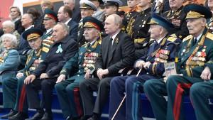 Putin ruft zu Kampf gegen Neonazismus auf