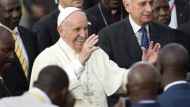 Papst fordert gerechtere Gesellschaft und Frieden
