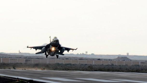 Amerika liefert Kampfflugzeuge an Ägypten