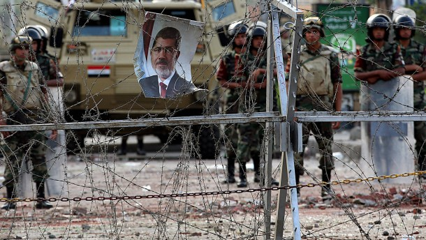 Übergangspräsident Mansur kündigt Versöhnungsinitiative an