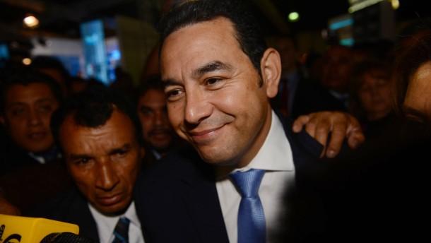 Komiker Morales gewinnt Präsidentenwahl