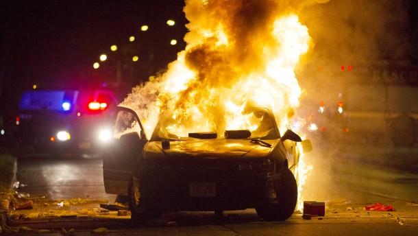 Krawalle nach Tod eines Verdächtigen in Milwaukee