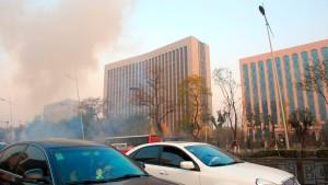 Sprengsätze vor nordchinesischem Parteigebäude