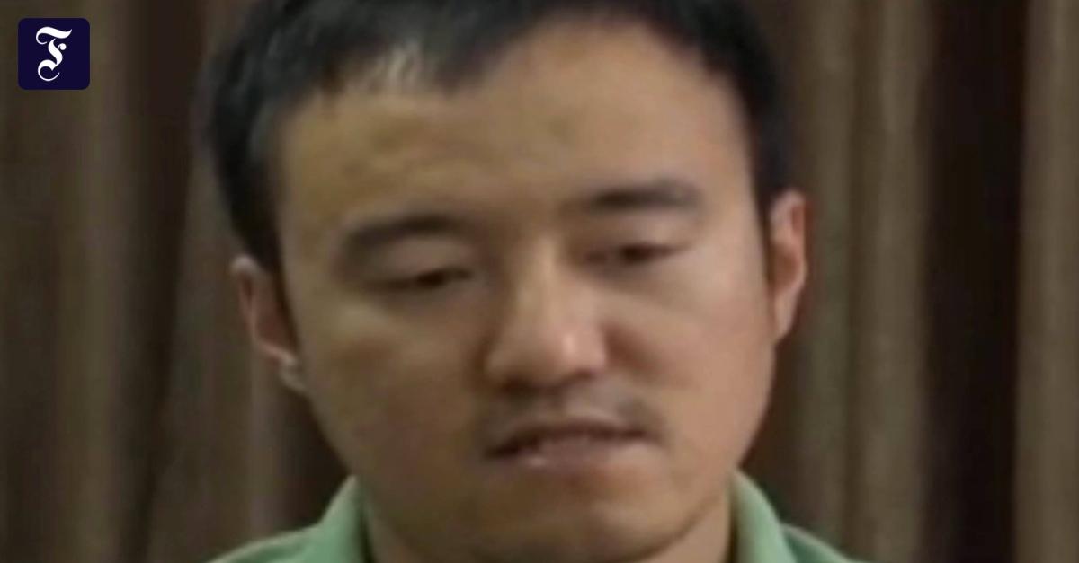 Streberhafte Chinesin Durchbohrt