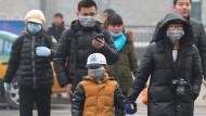 Pekings Kinder kennen keine Wolken