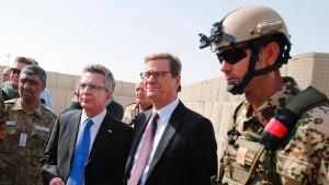 Medienbericht: De Maizière und Westerwelle entkamen Angriff knapp