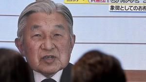 Kaiser Akihito signalisiert Bereitschaft zur Abdankung