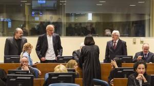 Haftstrafen für Massenmord von Srebrenica