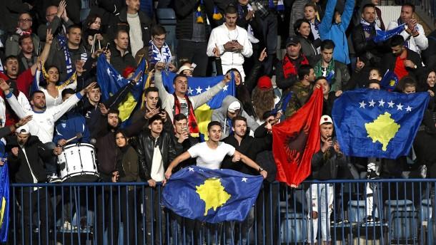 Kosovos Kicker und die großalbanische Versuchung