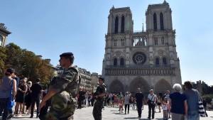 Verdächtiger in Paris festgenommen
