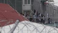 Europarat kritisiert unwürdige Bedingungen: Aufnahmestelle für illegale Einwanderer in Moria in Griechenland